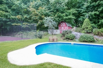 002-Pool-2119641-small