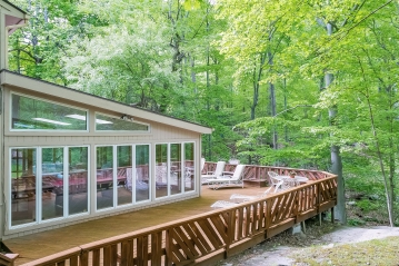 021-Deck_at_4_Mill_Lane-2768718-medium